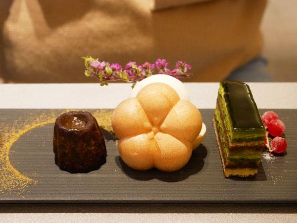 神戸市立博物館 カフェ トゥーストゥース凸凹茶房 凸凹ティーセット さんくととろわの違い