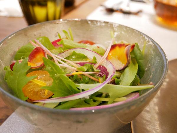 神戸市立博物館 カフェ トゥーストゥース凸凹茶房 神戸近郊野菜のサラダ