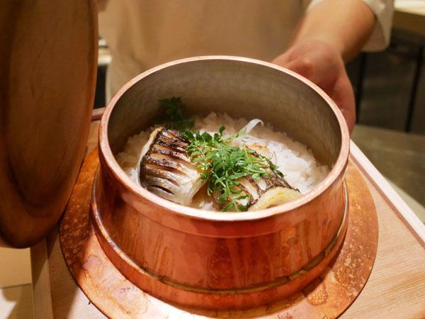 銀座 結絆(ゆいな) 口コミ 銅羽釜炊きカマスごはん ブログ レポート
